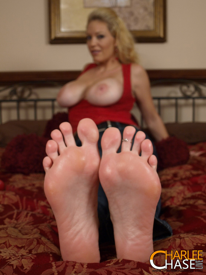 Foot job big boobs